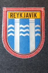 Reykjavik, matkamuisto kangasmerkki.