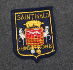 Saint Malo, souvenir patch. Felt base.