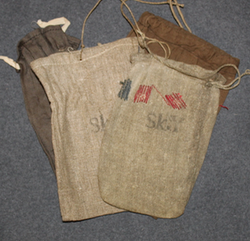 Finnish Homeguard rifle cleaning equipment pouch. WW2