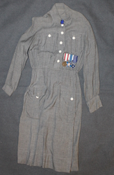 Finnish Lotta Svärd dress, + bar of medals + Lotta badge + cuffs and collar. Original WW2