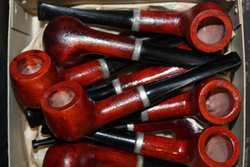 Tobacco pipe, finnish, 1945. Round base.
