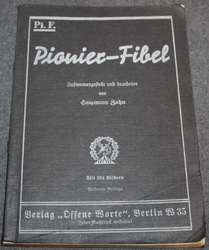 Pioniere-Fibel, Engineers Manual. 1935
