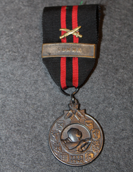 Commemorative medal of Winter war + Summa bar + swords.