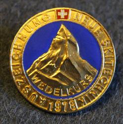 Auszeichnung Neue Skitechnik, Wedelkurs. Alppihiihdon suoritusmerkki