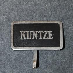 Kuntze & Co, lakkimerkki