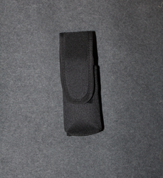 Pepperspray holster, nylon / cordura. M-L size can.