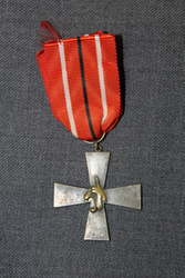 5th Division Cross