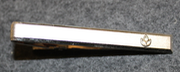 Unidentified tie clip / bar