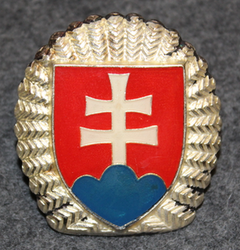 Slovakian Army, cap badge.