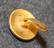 Rottneros AB, metsäteollisuusyhtiö, 14mm, kullattu, lakkinappi