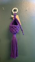 Pieni Makramee-amppeli, violetti