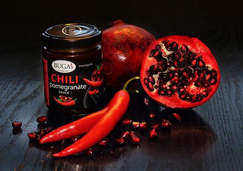Chili-granaattiomena kastike