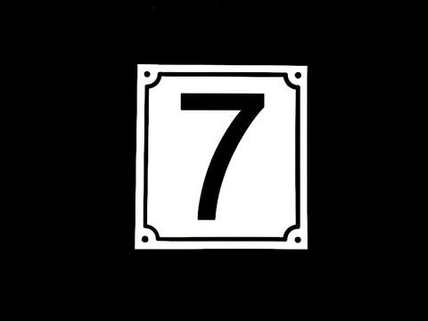 Numerokyltti yksi numero reunuksella