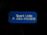 Pyydysmerkki omalla nimellä ja puhelinnumerolla
