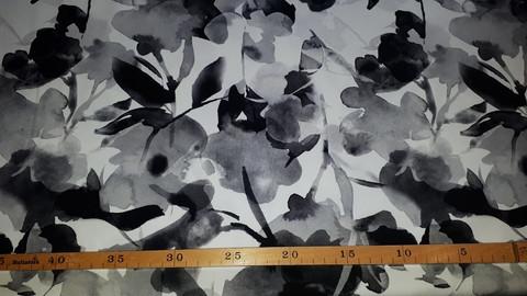 Suri-jättikukat, musta-valkoinen