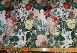 Kukat, valkoinen JOUSTOCOLLEGE