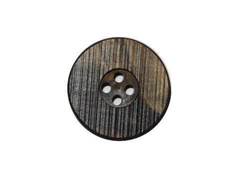 Tummanvihreä nappi, 0018