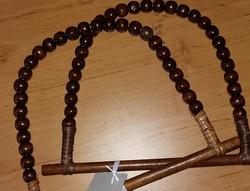 Bambukehys, ruskea, helmikahva