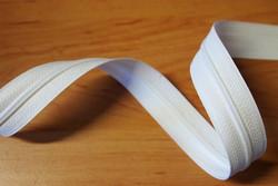 Metriketju, valkoinen 4mm