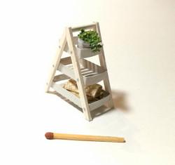 Nukkekodin Kerroshylly (3-tasoinen) -  Eri värejä