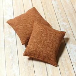 Nukkekodin Sisustustyynyt, 2 kpl/pkk - Poltettu oranssi kuviollinen